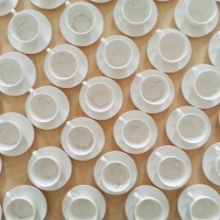 30-of-30-and-21-of-xxx_2015_installation-of-50-engraved-porcelain-coffee-cups