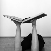 judith-neunhaeuserer_human-book-stand_2015